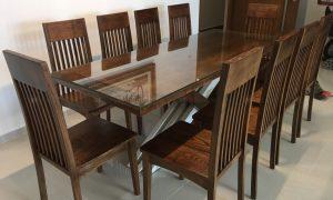 Mẫu bàn ăn gỗ óc chó hiện đại